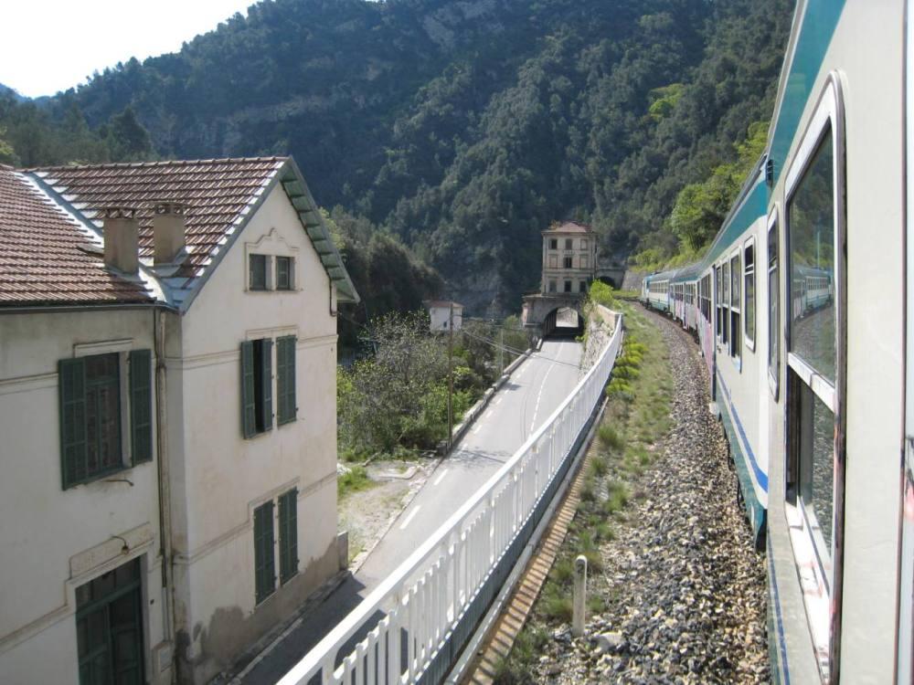 Le linee Breglio-Nizza e Ventimiglia-Tenda in difficoltà